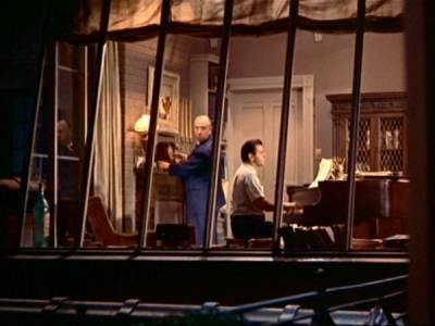 La recensione di la finestra sul cortile di alfred hitchcock - La finestra sul cortile ...