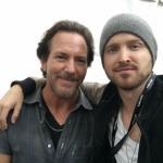 Aaron Paul condivide su Instagram il suo amore speciale per i Pearl Jam