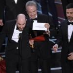 Gli #Oscars2017 hanno appena provato che viviamo in una simulazione?