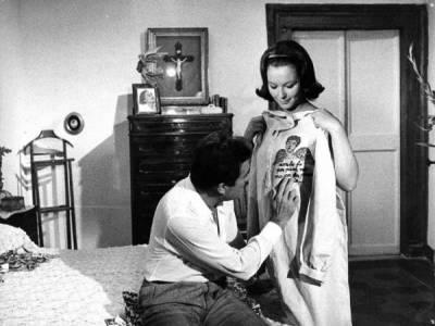 Una storia moderna - L'ape regina, 1963