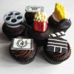 https://commons.wikimedia.org/wiki/File:Movie_Night_Cupcakes_(4660244763).jpg