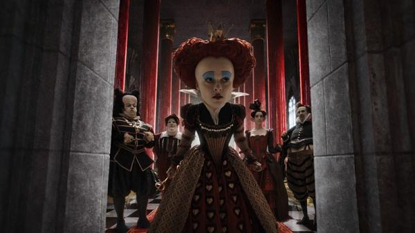 helena bonham carter in alice in wonderland di tim burton