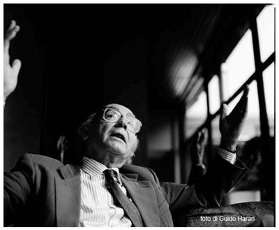 Josè Saramago. Foto di Guido Harari