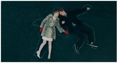 Mia Wasikowska & Henry Hopper in RESTLESS, di Gus Van Sant