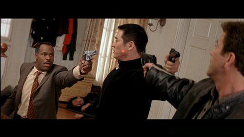 Blu ray arma letale collection sentieriselvaggi - Arma letale scena bagno ...
