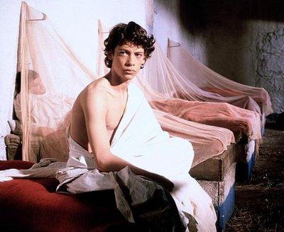 Dexter Fletcher nel film Caravaggio di Derek Jarman