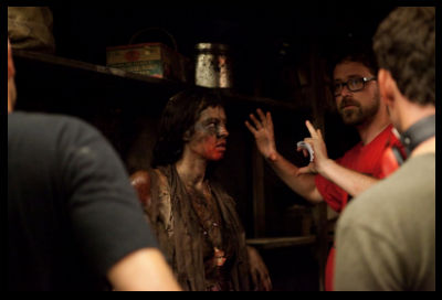Pollyanna McIntosh e il regista Lucky McKee sul set - THE WOMAN