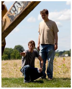 Jeff Nichols dirige Michael Shannon sul set di Take Shelter
