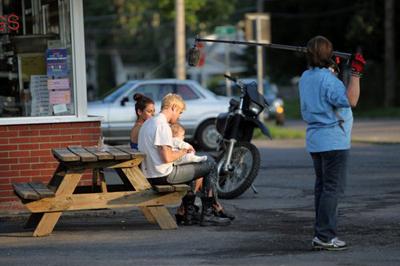 Ryan Gosling e Eva Mendes sul set di The Place Beyond the Pines