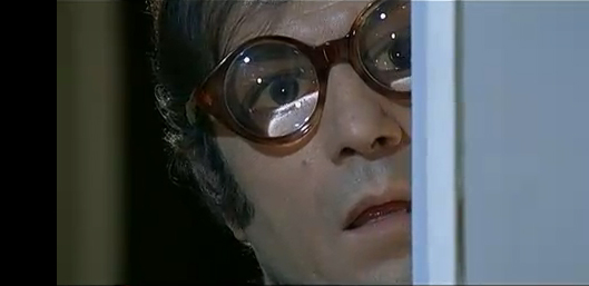 Nino Manfredi nell'episodio