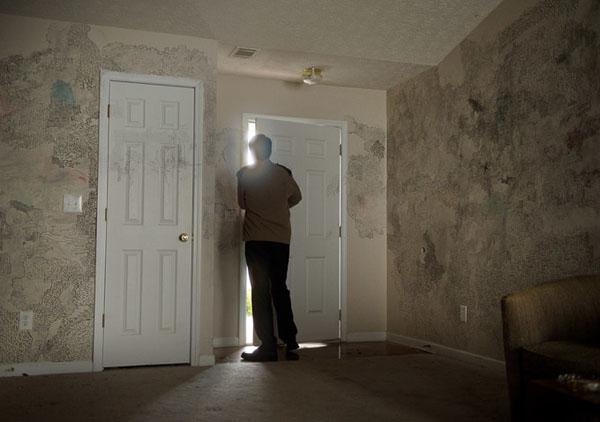 TORONTO 38 - Prisoners di Denis Villeneuve: nuove foto e quattro clip