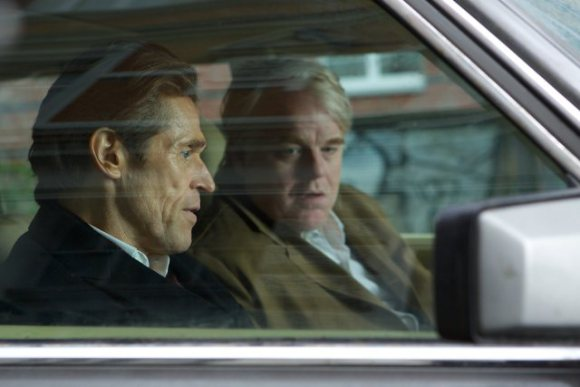 Philip Seymour Hoffman e Willem Dafoe in A Most Wanted Man